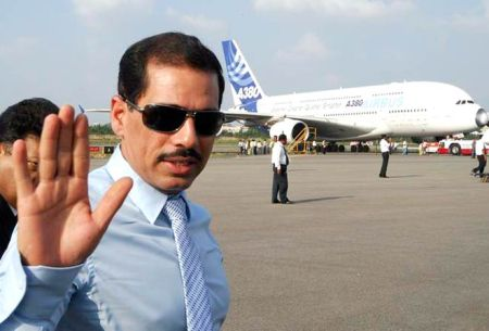 Robert Vadra in airport